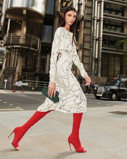 Образ из новой коллекции одежды от Виктории Бекхэм