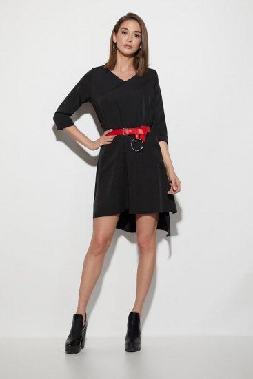 Чёрное платье с красным поясом