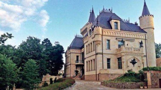 Замок Аллы Пугачёвой