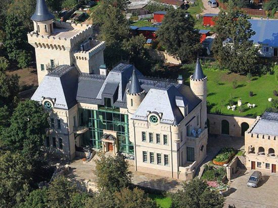 Замок Аллы Пугачёвой с высоты