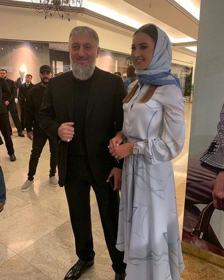 Бузова с с Адамом Делимхановым, заместителем председателя правительства Чеченской республики