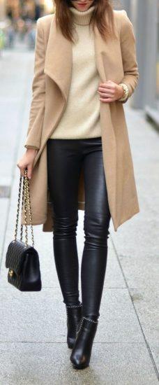 Легинсы с пальто и свитером