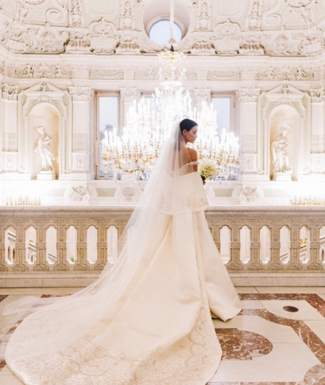 Паулина Андреева в свадебном платье
