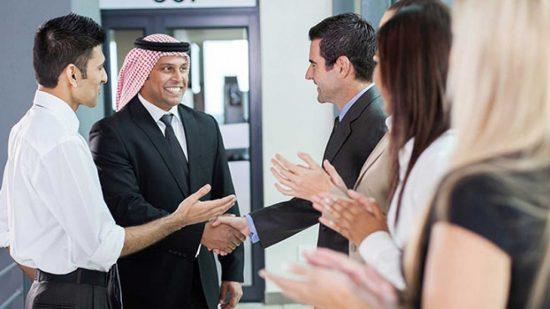 Деловая встреча с бизнесменами-мусульманами