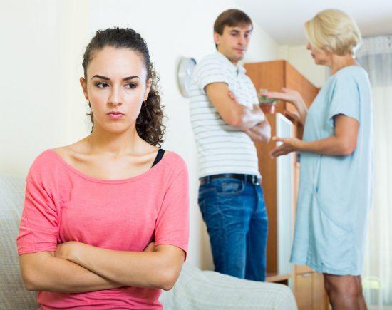 невестка не общается со свекровью