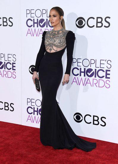 Джей Ло в чёрном платье