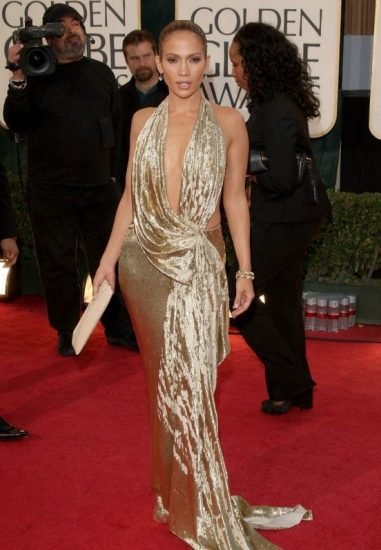 Джей Ло в блестящем платье
