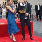 Блейк Лайвли с мужем Райаном Рейнольдсом и детьми