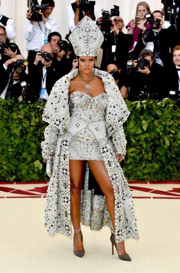 Рианна в платье от Гальяно