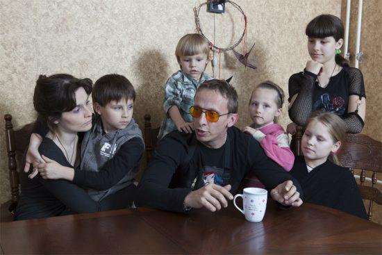 Иван Охлобыстин с семьёй