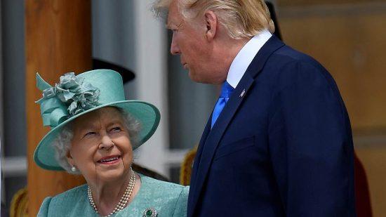 Дональд Трамп и королева Великобритании